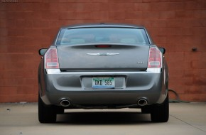 2011 Chrysler 300 Limited Review