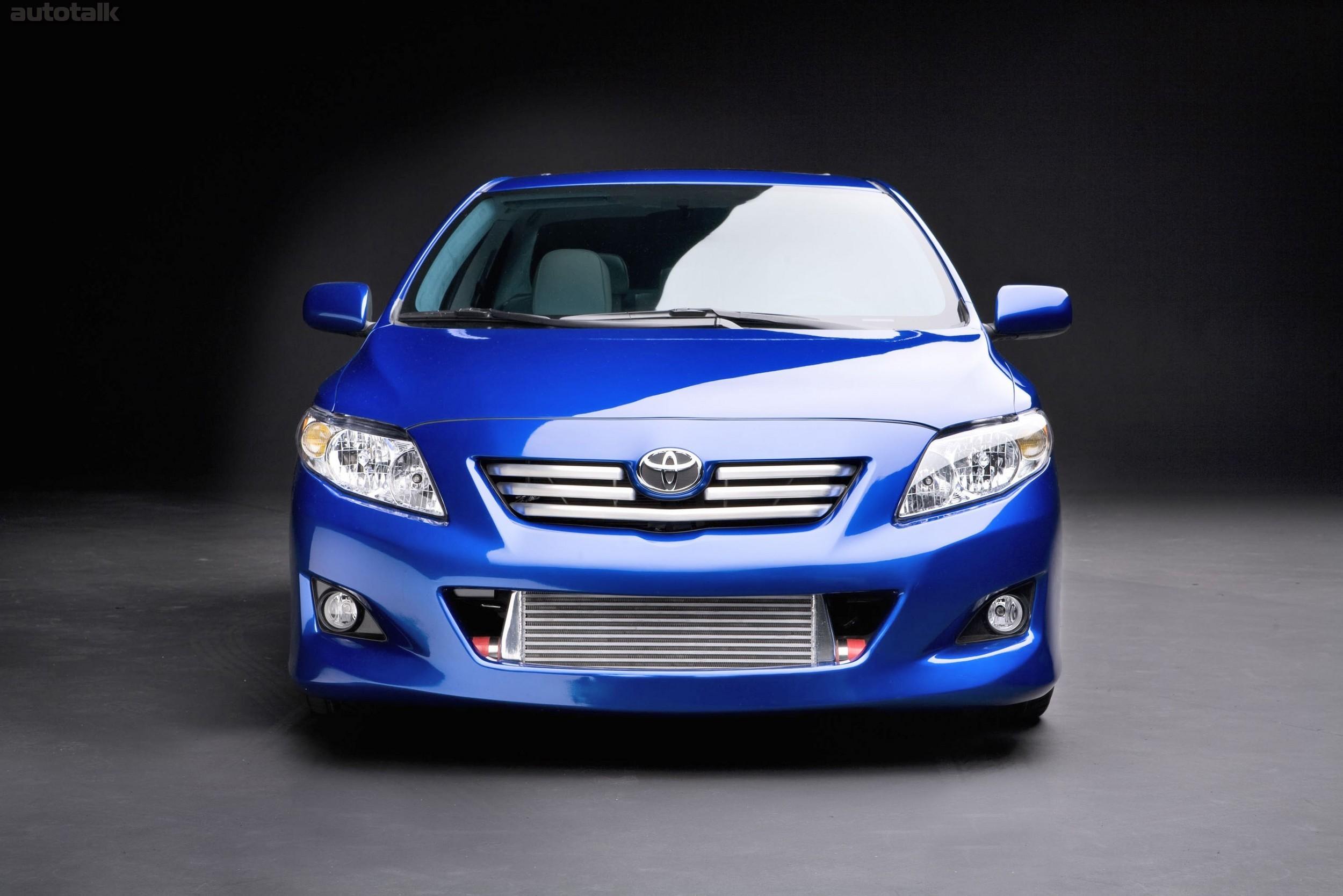 автомобиль Toyota Королла