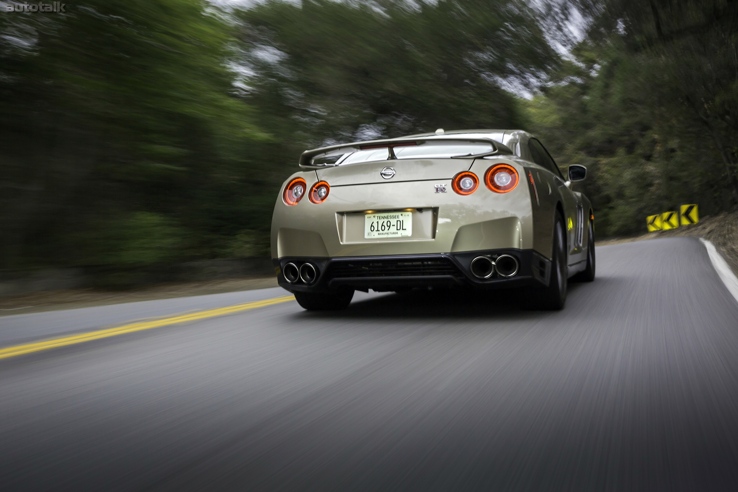 2016 Nissan GT-R 45th Anniversary Gold Edition