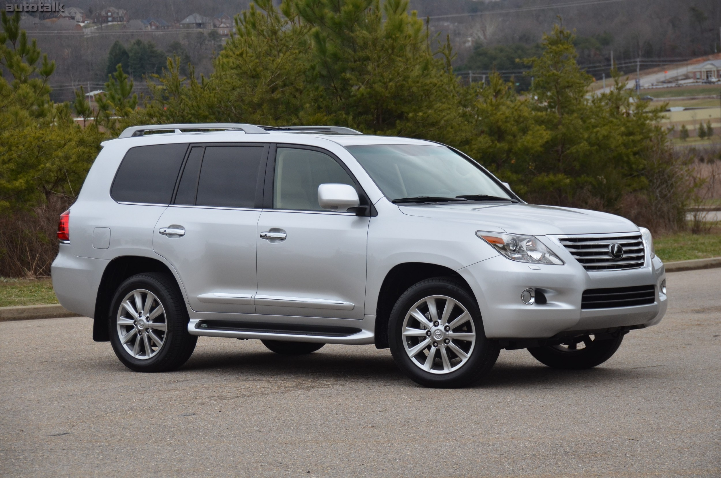 2012 Lexus LX570 Review • AutoTalk