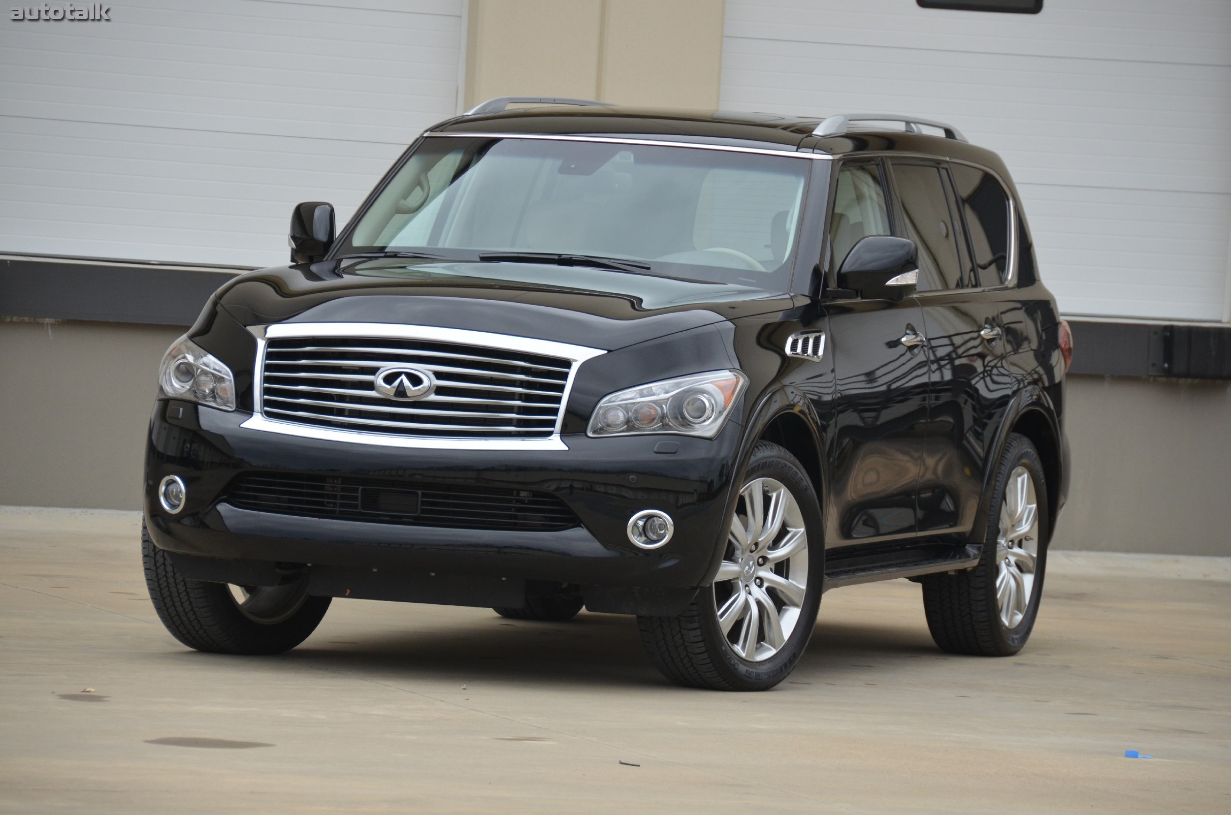 2013 Infiniti QX56 Review