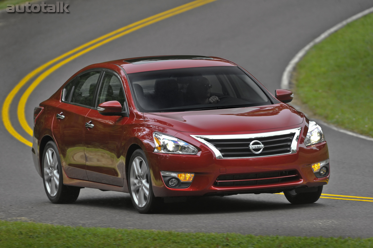 The 2013 Nissan Altima ...