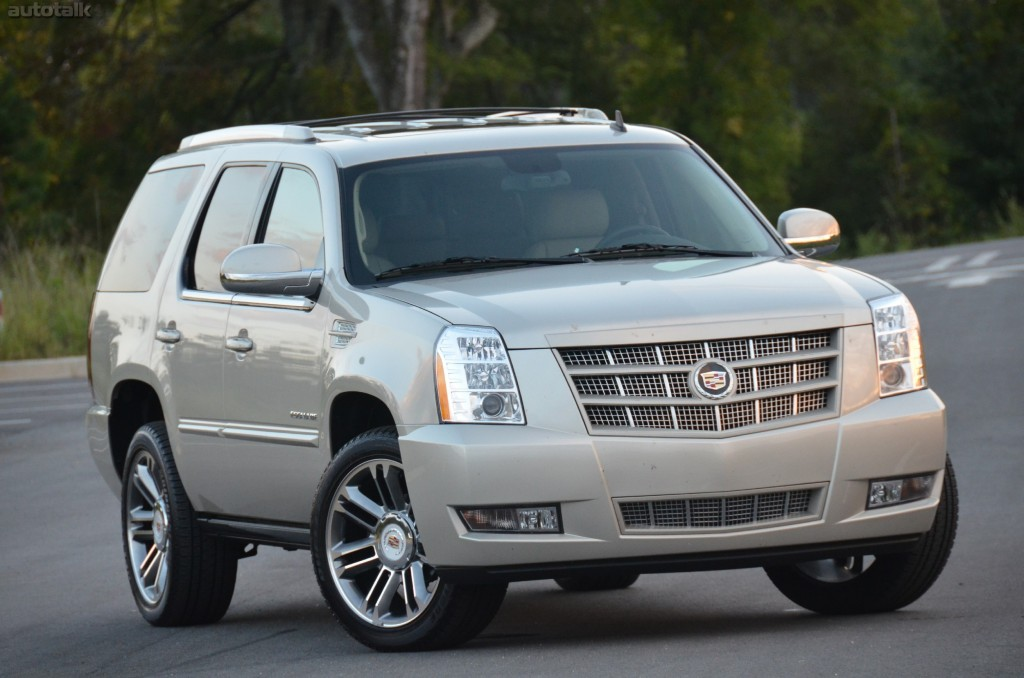 the and spy cadillac specs photos engine fall new crossoverrsquos news of reviews s suv review date orig expected release price srx crossover