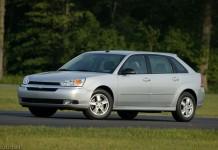 2004_Chevrolet_Malibu_Maxx