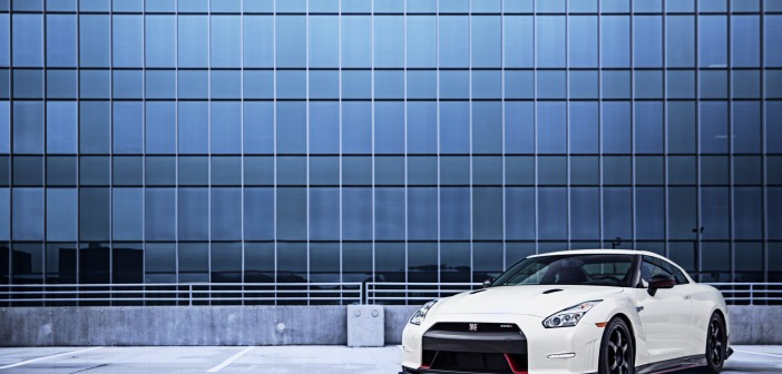 2016 Nissan GT-R NISMO Pictures