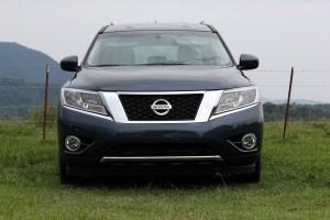 2015 Nissan Pathfinder (23)