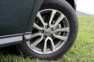 2015 Nissan Pathfinder (9)