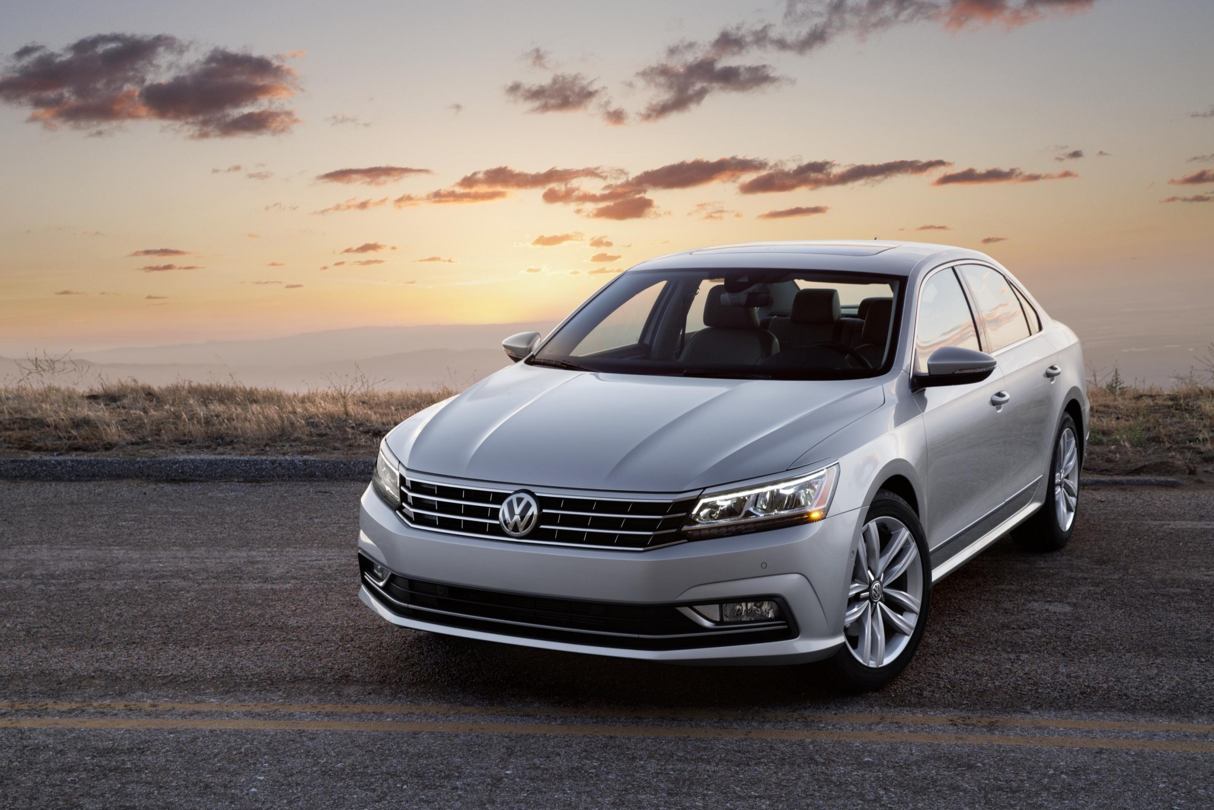 volkswagen reveals pricing for new 2016 passat autotalk. Black Bedroom Furniture Sets. Home Design Ideas