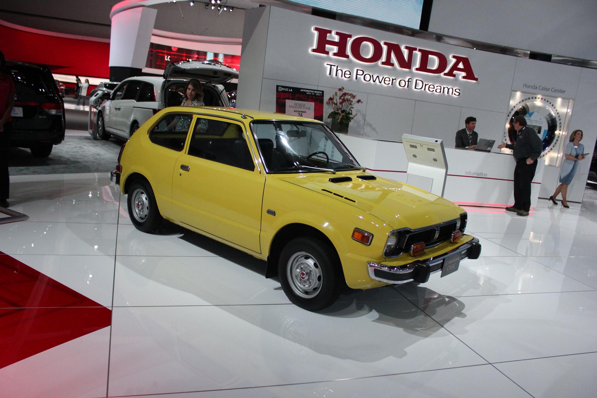 Gallery LA Auto Show Honda AutoTalk - Honda center car show