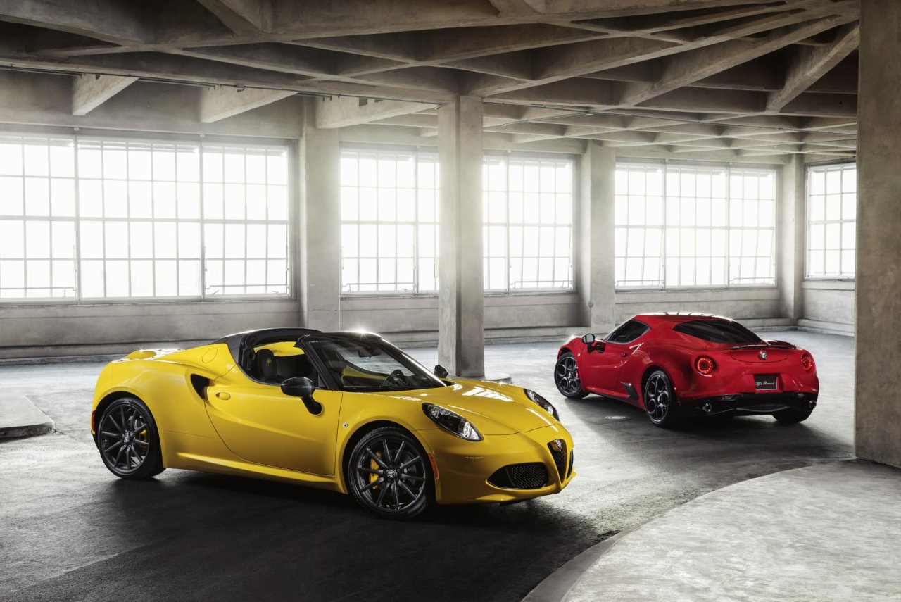 Alfa Romeo 4c And Spider Add More Personalization Options For Magnesium Wheels 2016 Foreground Background