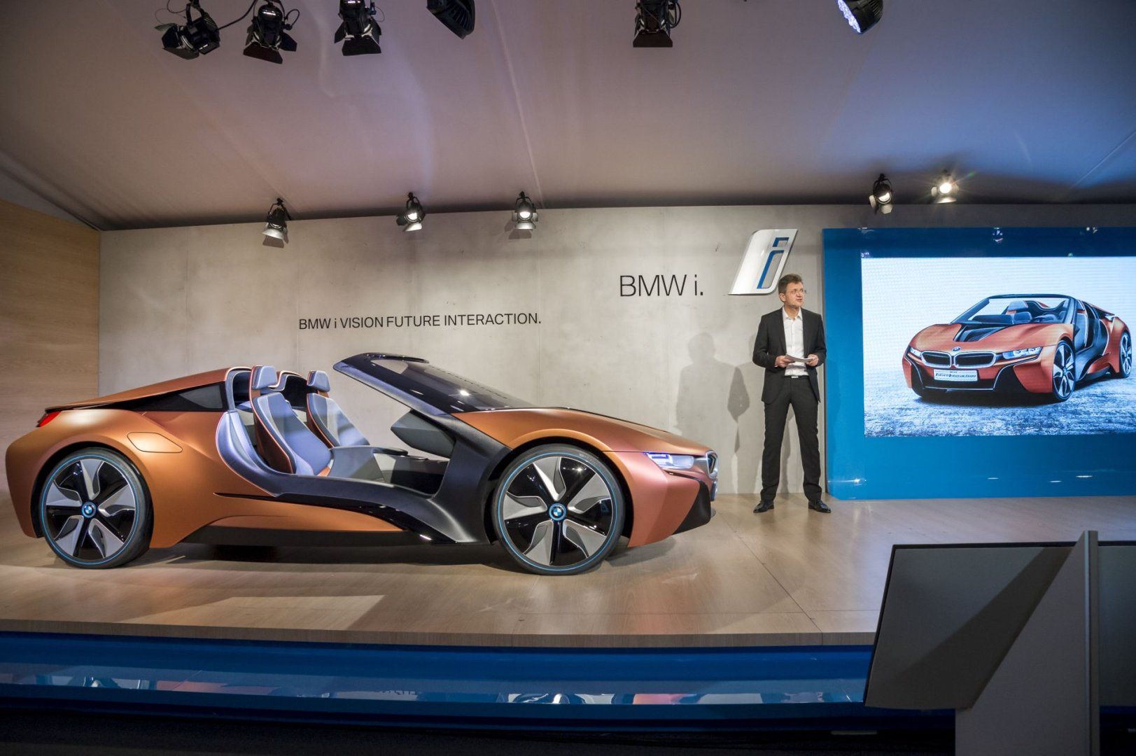 bmw at the consumer electronics show (ces) 2016 in las vegas • autotalk