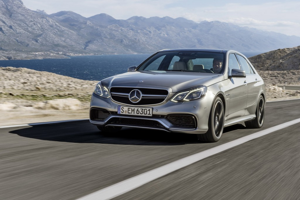 New mercedes benz e class with test licence for autonomous for Mercedes benz autonomous driving