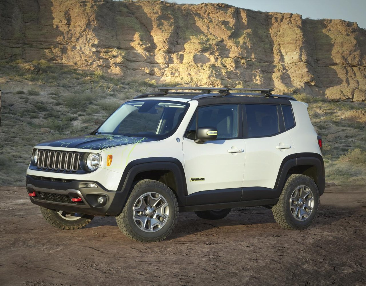 Lifted Renegade Trailhawk >> Jeep Renegade Commander Is A Parts Catalogue King • AutoTalk