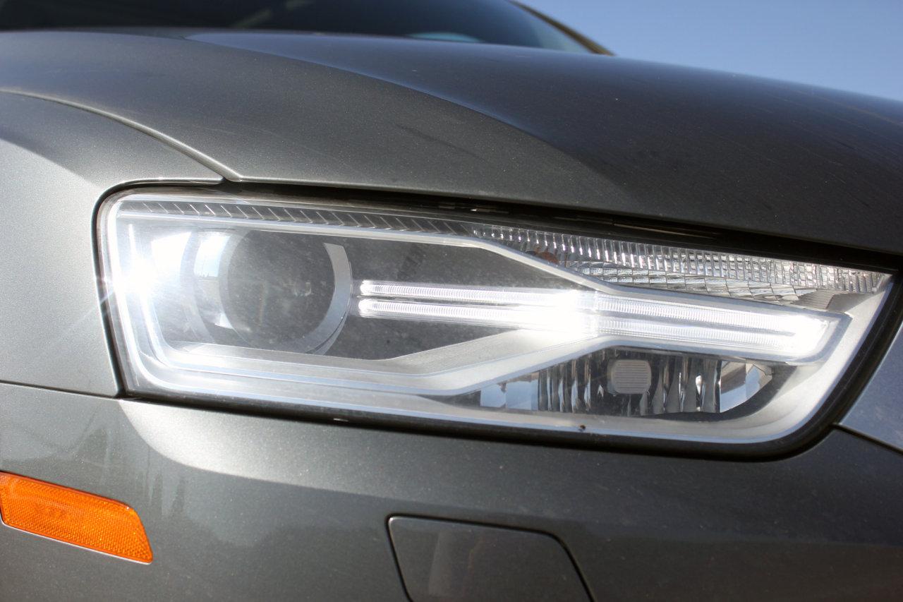 2016 Audi Q3 (17)