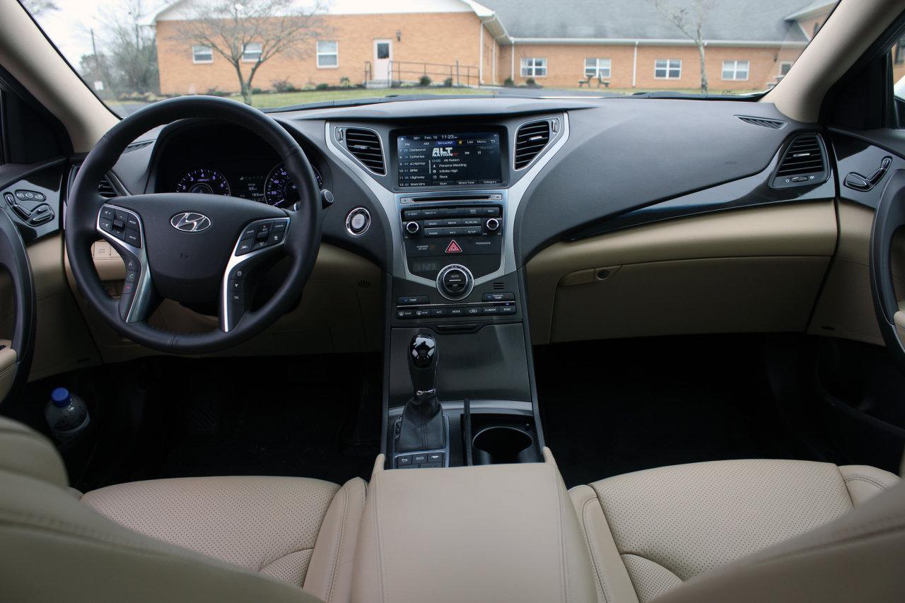 2016 Hyundai Azera Limited (15)