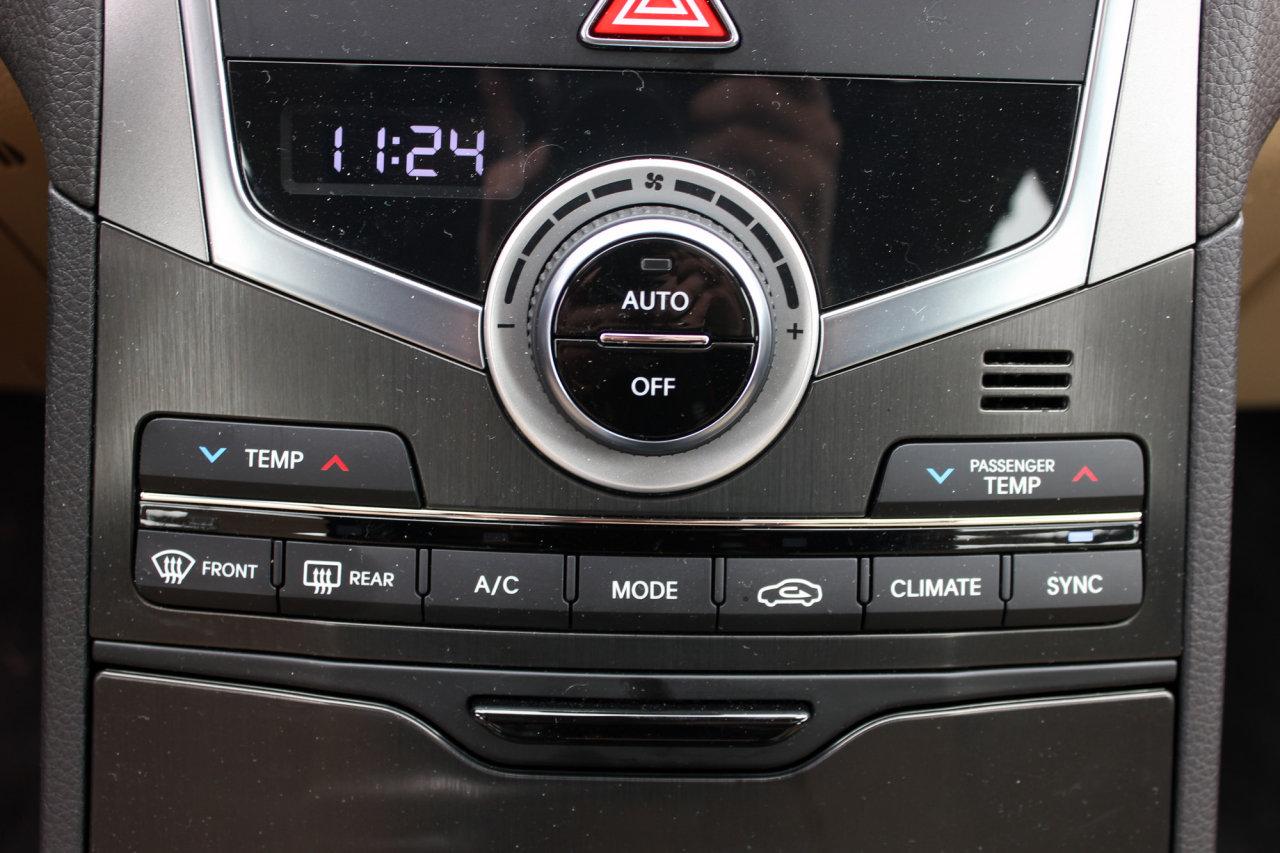 2016 Hyundai Azera Limited (7)