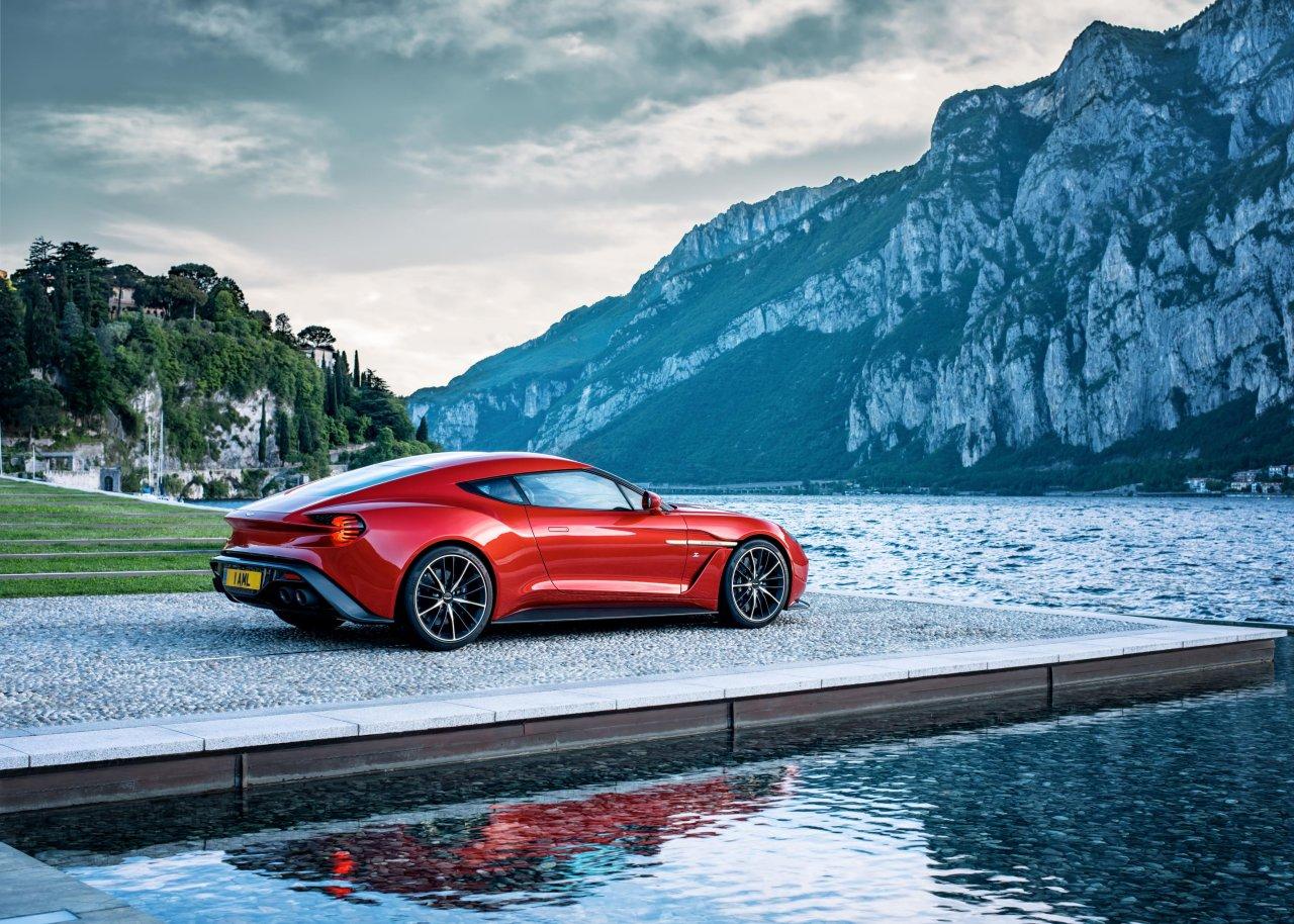 2017 Aston Martin Vanquish Zagato (15)