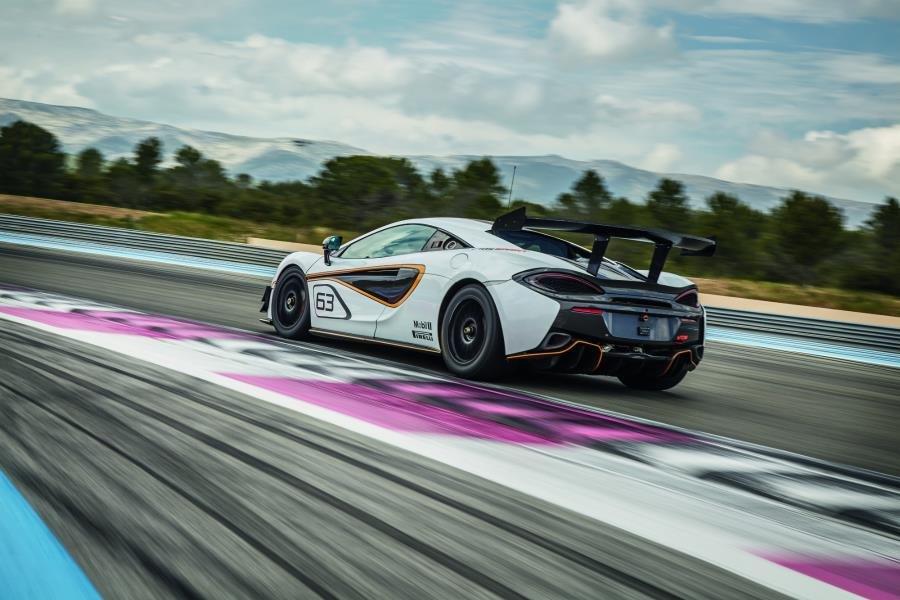 McLaren 570S Sprint (1)